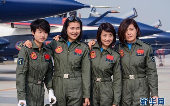 中国首批歼击机女飞行员将驾歼 10海外首秀组图