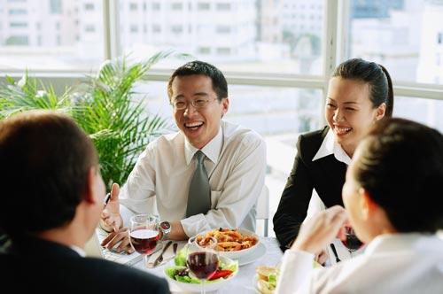 上班族午餐吃什么好? 4大黄金准则要记住(图)