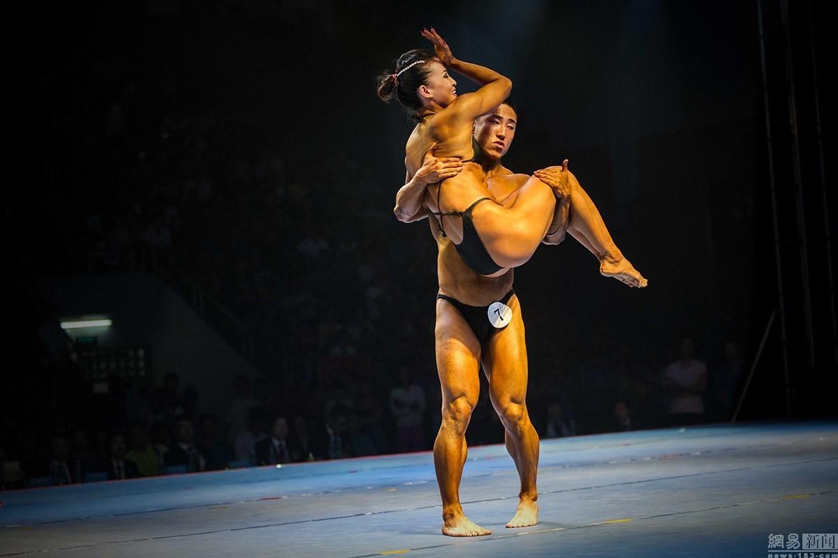罗城举行2015年全国健美锦标赛体育同台秀肌武汉广西舞蹈男女工作室图片