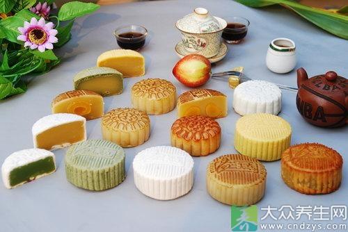 月饼的吃法-中秋佳节如何健康吃月饼