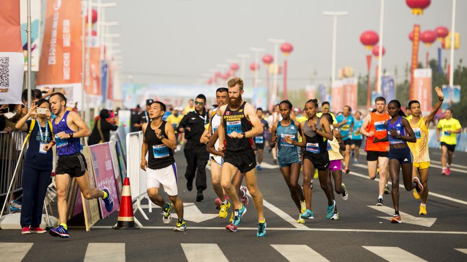 莱西马拉松埃塞尔比亚选手包揽男女冠军