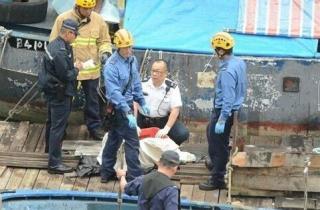香港海面婴儿尸体脐带未剪 红绳绑20斤铁块沉尸海底(图)