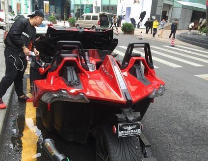 深圳豪车司机被拘 外星级壕车刷爆朋友圈 组图图片