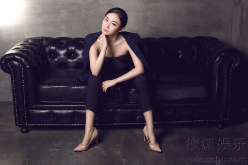 李妍锡时尚写真曝光变身a性感女性感上司4安装沙滩补丁中文了图片