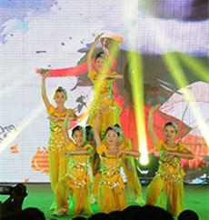 潍坊峡山双语学校艺术节文艺汇演隆重举行