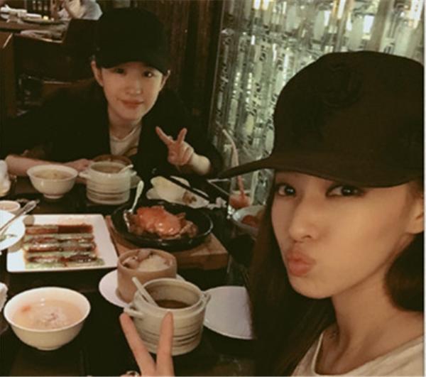 刘亦菲竟与欧弟老婆素颜约吃饭