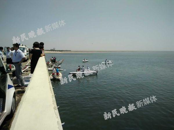 上海一水陆两栖飞机首航时发生故障 已救出4人
