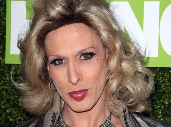 艾利西斯-阿奎特死于艾滋病引起的并发症