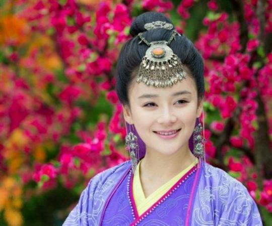 """13,刘庭羽   素有""""古装美女""""之称,与古装剧有不解之缘,出演过不"""