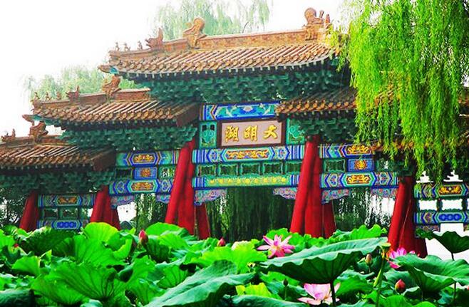 济南大明湖免费开放客流平稳 效果还要长远看(图)