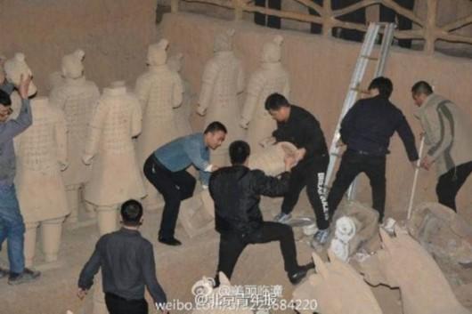西安整治旅游市场 40个山寨兵马俑被销毁