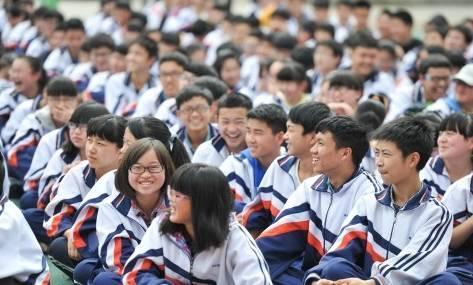 10、省实验中学-贵阳10所高中校服大曝光,哪件校服才是你的真爱