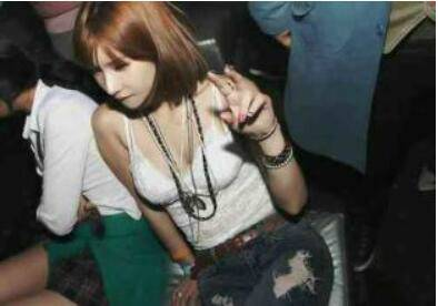 14岁女酒吧坐台 涉事酒吧是否应该承担责任?