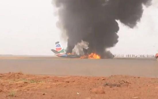 南苏丹小型客机着陆失事:37人送医,机上1名中国乘客脱险