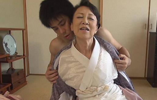 日本老年人也需要性生活(组图)