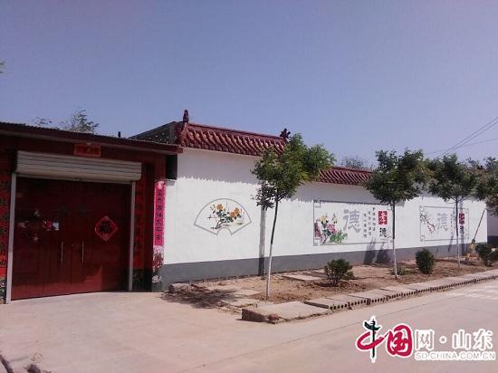 """滨州市阳信县商店镇吕家村美丽墙绘 为""""美丽乡村""""添彩"""