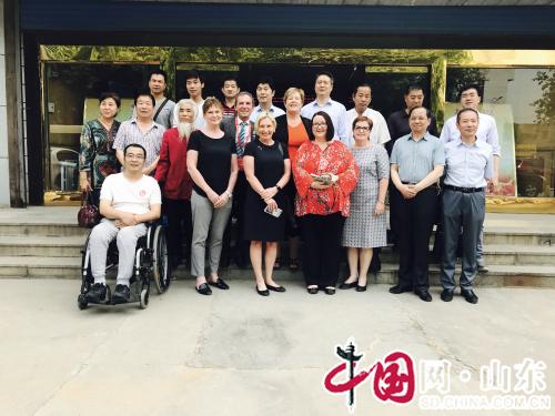 南澳州考察团来淄博参观考察残疾人文化工作(组图)
