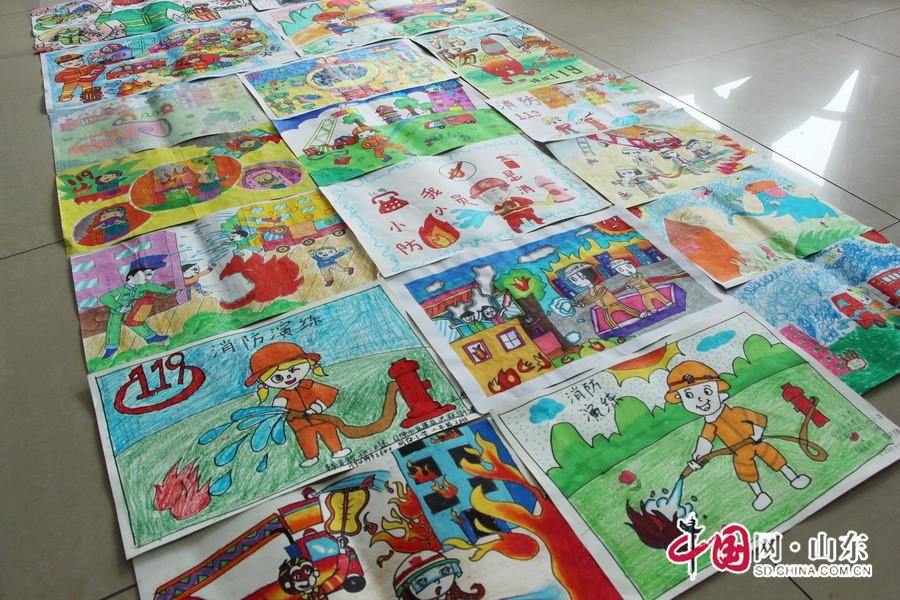 五莲消防联合教育局开展小学生绘画竞赛征集评选活动