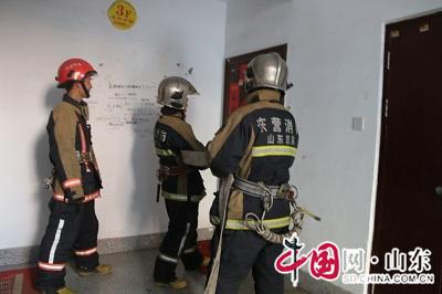 东营消防深化高层建筑消防安全综合治理工作(组图)
