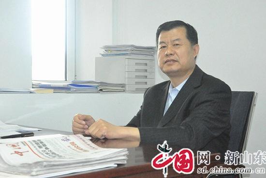【五一劳模报道】滨州市实验中学校长朱文业:用博大教育情怀化育中国梦