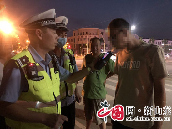 """淄博公安交警""""净化十号""""行动启动"""