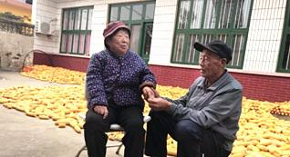 山东一老人用4年时间唤醒植物人妻子