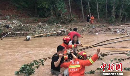 台风致山东潍坊147万余人受灾直接经济损失92亿元
